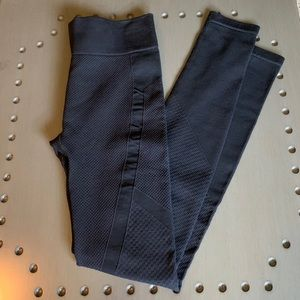 Abercrombie & Fitch Textured Leggings